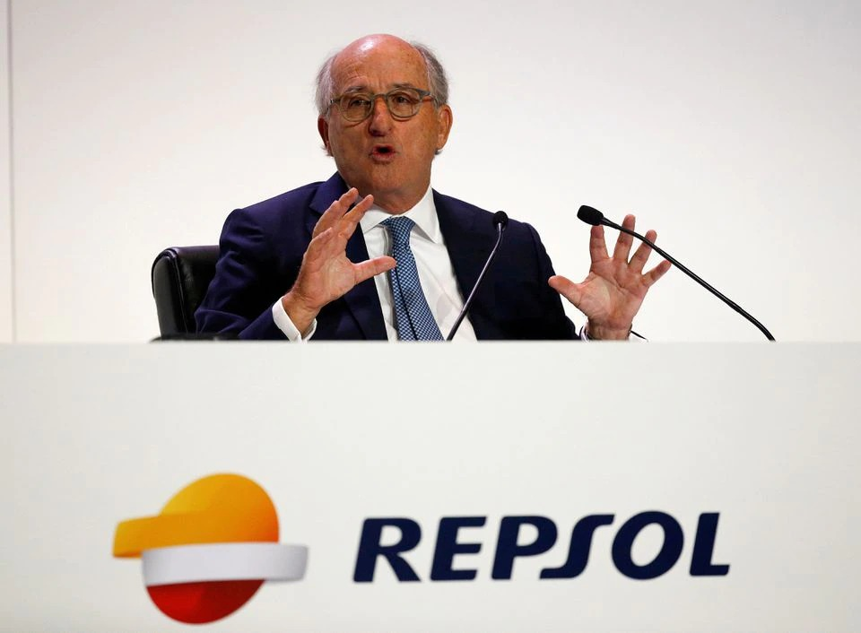 Spanish court drops investigation into Repsol chairman in alleged spying case