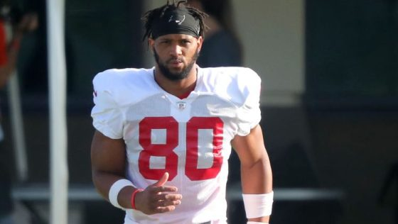 """O.J. Howard """"still catching up"""" after torn Achilles"""